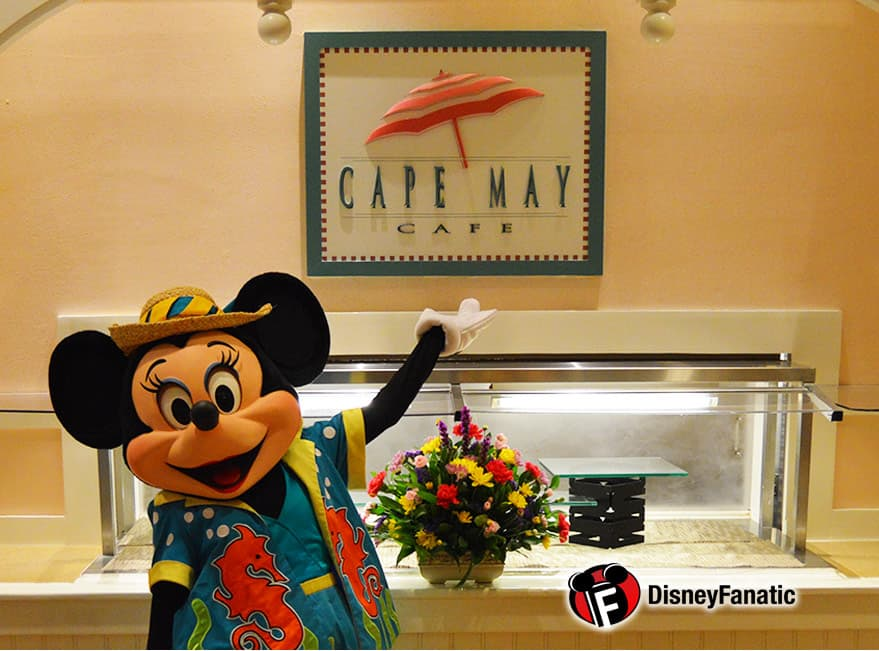 Minnie Greets Guests at Cape May Cafe