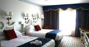 Yacht Club Room