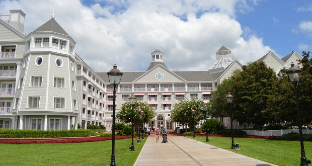 Walt Disney World Yacht Club Resort _ Disney Fanatic
