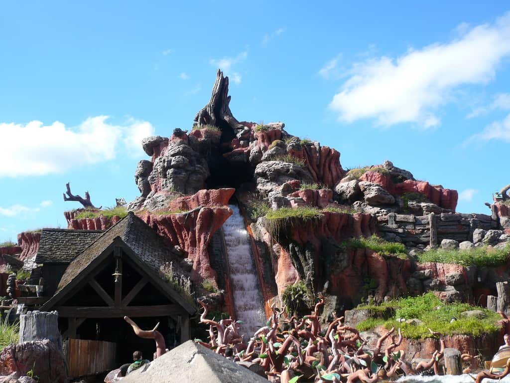 7 'Satisfactual' Facts About Splash Mountain ...
