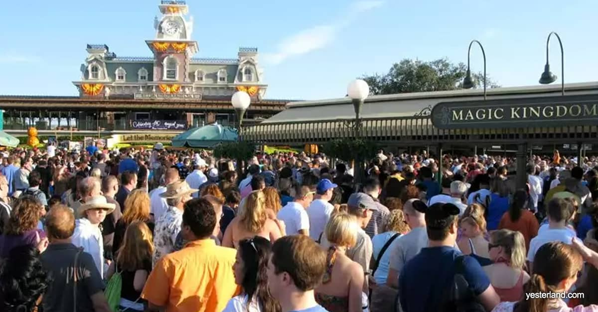Crowd Entrance Magic Kingdom