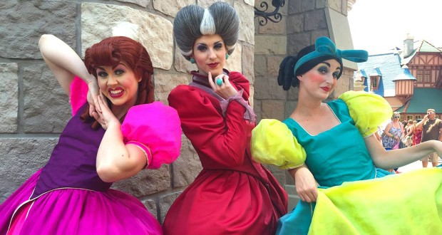 The Tremaine Family _ character meet _ disney fanatic
