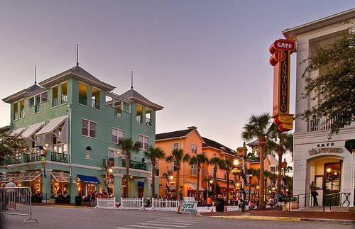 5 best places to live near disney when you retire for Best small towns to live in in florida