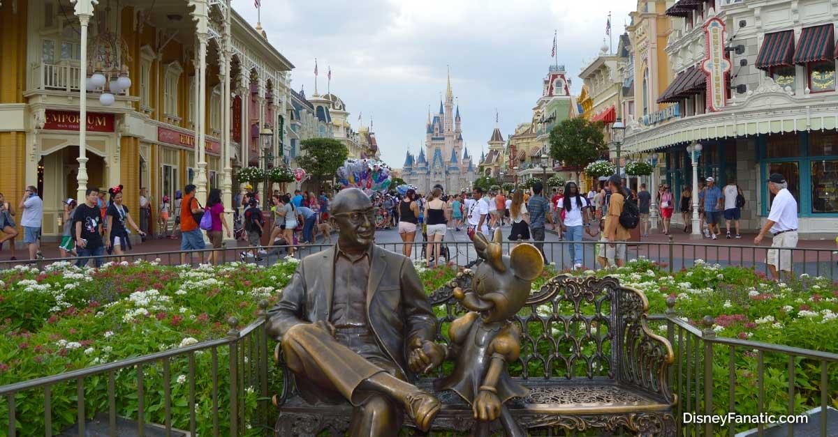 statue Main St. USA Magic Kingdom