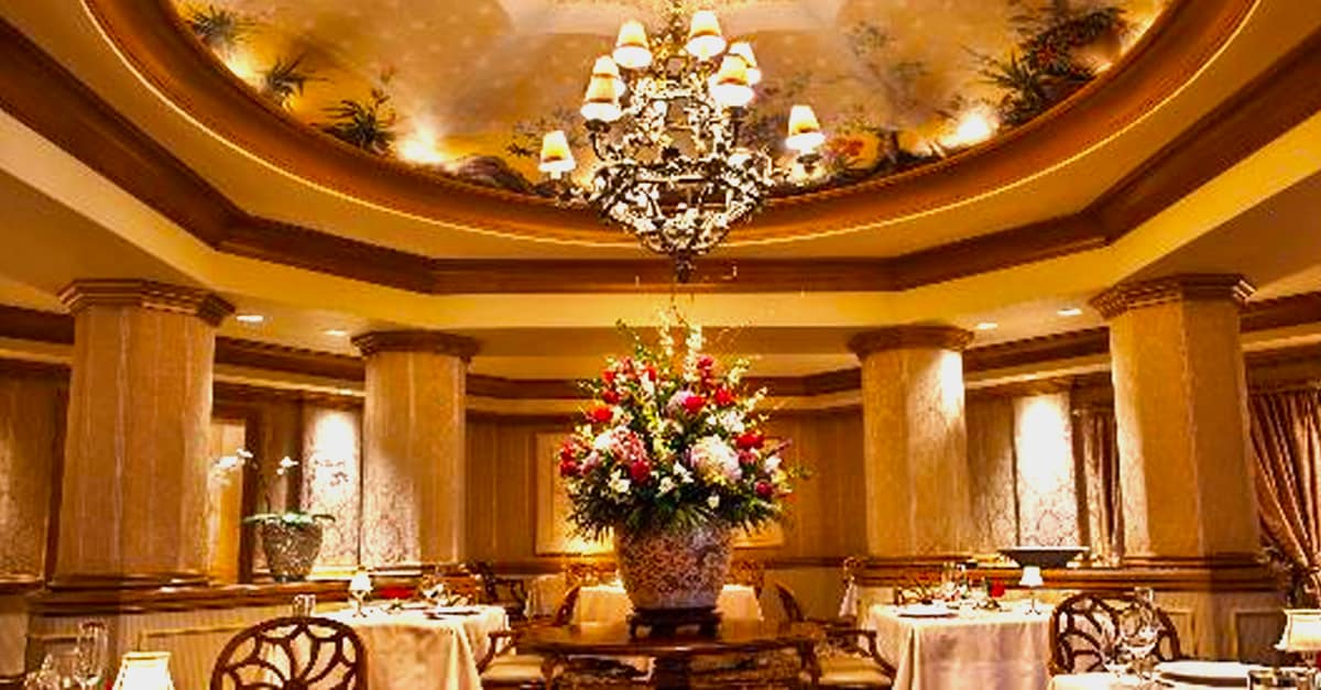Victoria And Albert's _ dining reservations _ disney fanatic