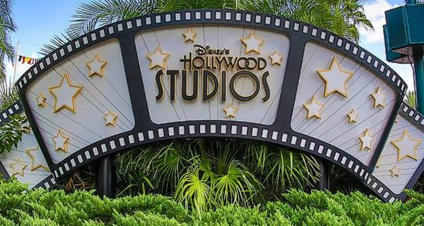 Hollywood Studios Sign