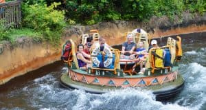 Kali River Rapids _ park attractions _ disnsey world _ disney fanatic