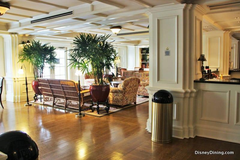 Belle Bue Lounge