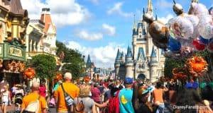 Castle - Main Street Balloons