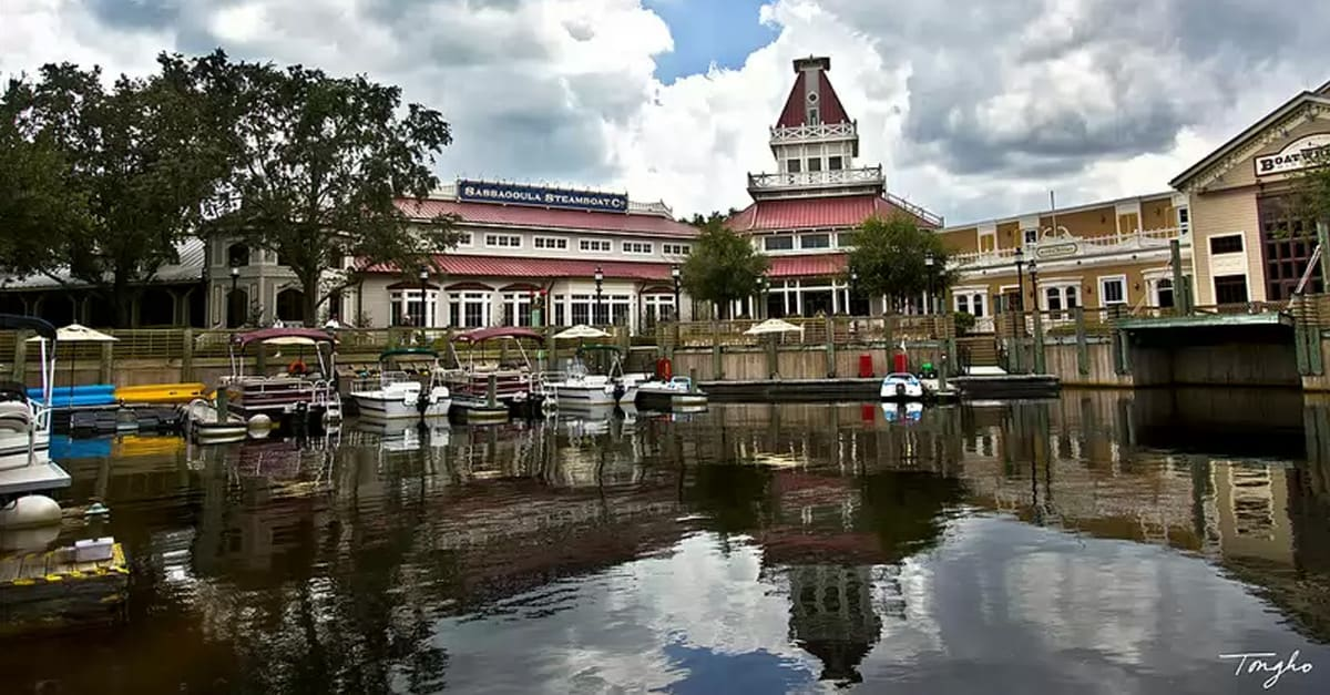 Deciding Between Port Orleans French Quarter And Port
