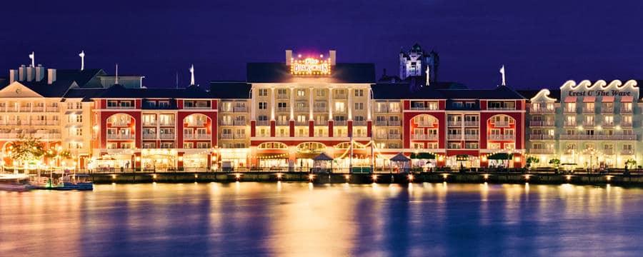 Boardwalk Inn Night