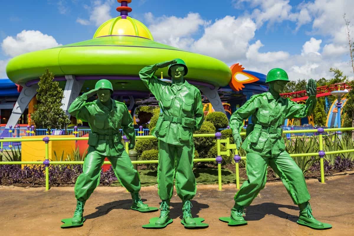 Green Army Men _ Toy Story Land